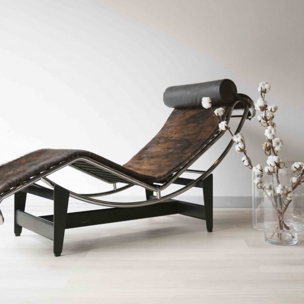 LC4-CASSINA-PAMPAS-LE-CORBUSIER