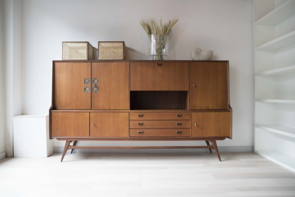 LOUIS-VAN-TEEFFELEN-HIGHBOARD